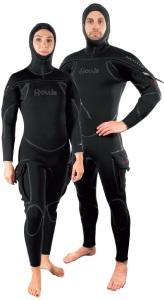 The Hollis NeoTek is a unisex semi-dry suit.