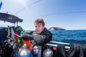 Dive White Island